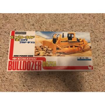 New Uruguay Komatsu Bulldozer D475A 1/50 Scale Mini Power Wide Box