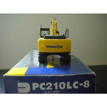 Komatsu United States of America  PC210LC-8 Galeo 1:50 scale