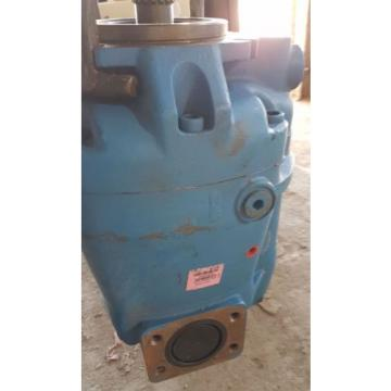 origin Reunion  Eaton Vickers Hydraulic Piston Pump PVM131MR / 123AL00829A