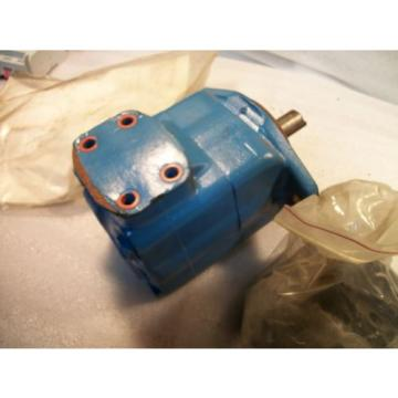 Vickers Liechtenstein Hydraulic Pump Model Number 25V21A  or  1A22R or 2137117-1