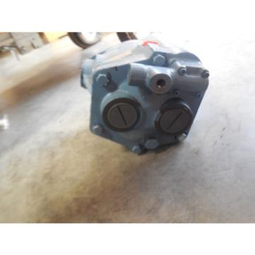 Origin Uruguay  INTERNATIONAL VICKERS PISTON PUMP PVB20RCG70