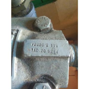 Vickers Niger  vane pump 2884865 v2230 2 11w  hydrologic oil fluid great condition