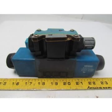 Vickers Brazil  DG4V-3S-2N-M-FTWL-B5-60 120V Reversible Hydraulic Control Valve Size D03