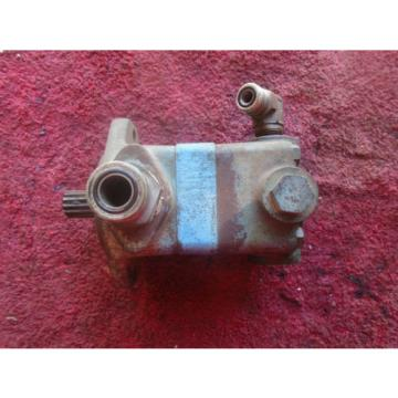 Vickers Suriname  Hydraulic Pump - Model# V10F1P6B - 12B5K20L turns well