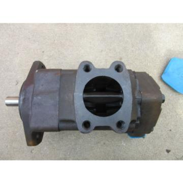 Eaton Oman Vickers 2520 Hydraulic Pump Remanufactured  FREE SHIPPING 2520V14A81AA22