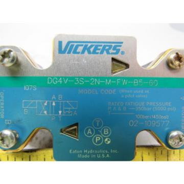Vickers Liechtenstein 02-109577 DG4V-3S-2N-M-FW-B5-60 Hydraulic Directional Control Valve