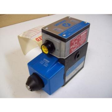 VICKERS Moldova, Republic of  PA5DG4S4LW-012A-B-60 120V PILOT 2 STAGE DIRECTIONAL VALVE - FREE SHIP