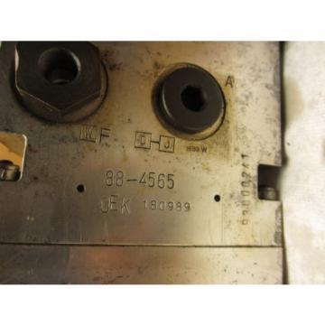 Vickers Slovenia 627032 02 Aluminum Hydraulic Manifold 7 Station D03  180989 89-4-3-6508