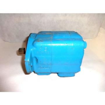 Origin Moldova, Republic of  VICKERS 25V012A 11C20 HYDRAULIC PUMP