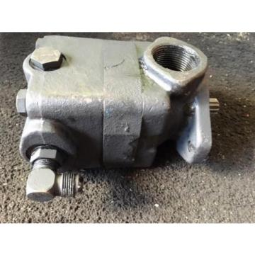 EATON Ecuador  VICKERS HYDRAULIC POWER STEERING FIX DISP VANE PUMP PART# V20F 1P13P 38D6H
