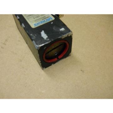 VICKERS Botswana ST307-150-S HYDRAULIC PRESSURE SWITCH 290-2100PSI USED WORKING CONDITION