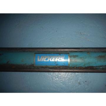 Vickers Denmark  TZ12DH5T1KW19000 Hydraulic Cylinder 2#034; Bore X 19#034; Stroke