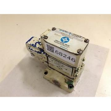 Sperry Bahamas Vickers Directional Valve DG4V32AWB12 Used #68246