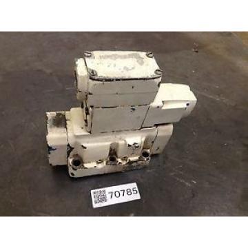 Sperry Vietnam  Vickers Directional Valve DG4V32AWB12 Used #70785