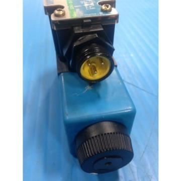 USED Gambia VICKERS DG4V-3S-2A-M-FPA3WL-B5-60 SOLENOID DIRECTIONAL VALVE G2