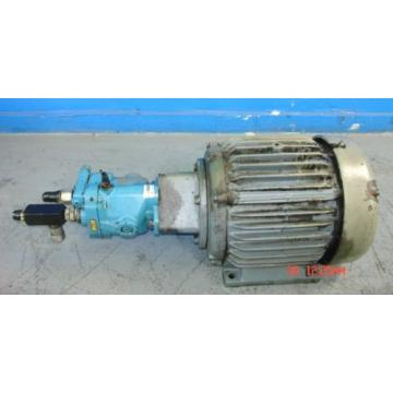 Sperry Oman  Vickers Hydraulic Pump Model: E5J S/N: PVB10-RSY-30-CM-11/10