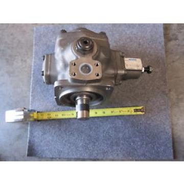 Origin Honduras  VICKERS PISTON PUMP VVS2-32-RF-RM-30-D-CW-10 # 02-359864