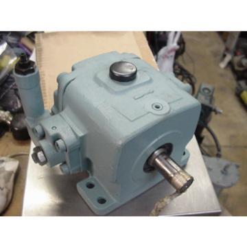 origin Guam Nachi hydraulic variable volume vane pump W-VDC-2A-2A3-20 VDC-2A-2A3-20