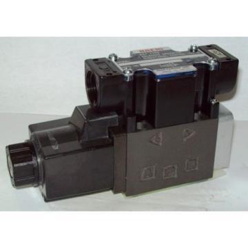 D03 Macao 4 Way 4/2 Hydraulic Solenoid Valve i/w Vickers DG4V-3-2A-WL-D 230 VAC