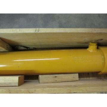 NEW Andorra  NOS LOT OF 2 Komatsu 933489C93 911442 Hydraulic Cylinder Front Loader
