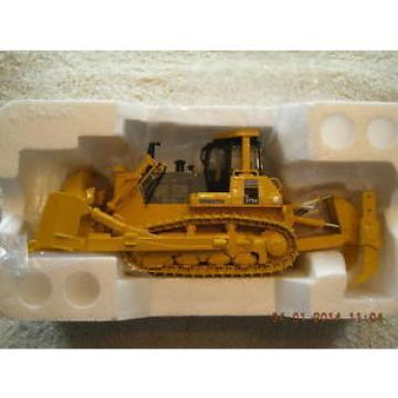 50-0216 Haiti Komatsu D375 Dozer NEW IN BOX