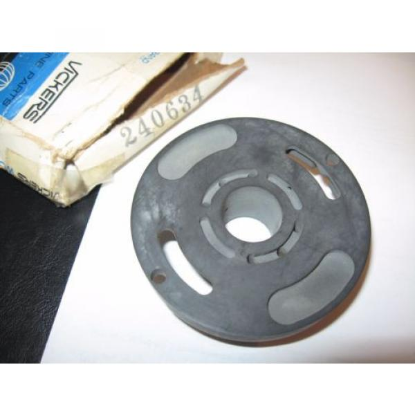 Vickers Fiji  Hydraulic Pump, Pressure Plate #240634, NOS #6 image