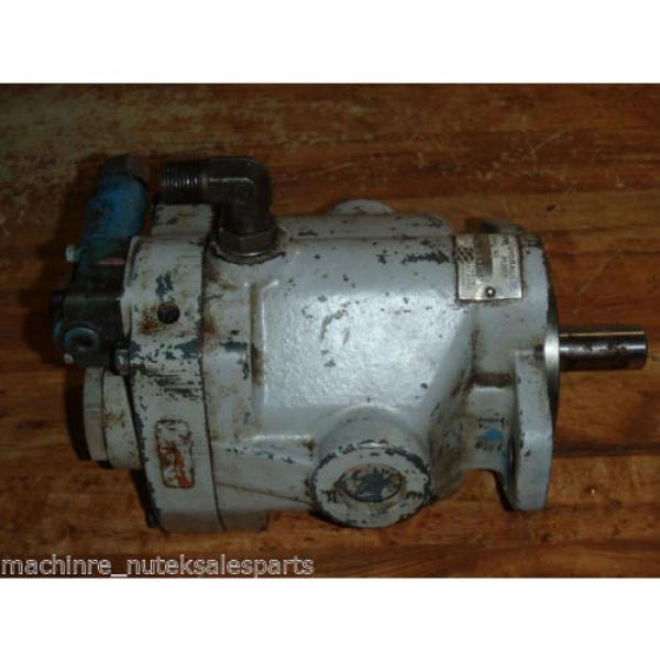 Vickers Mauritius Hydraulic Pump PV 15 RSY 31 CM11 _ PV15RSY31CM11 _ PV-15-RSY-31-CM11 #1 image