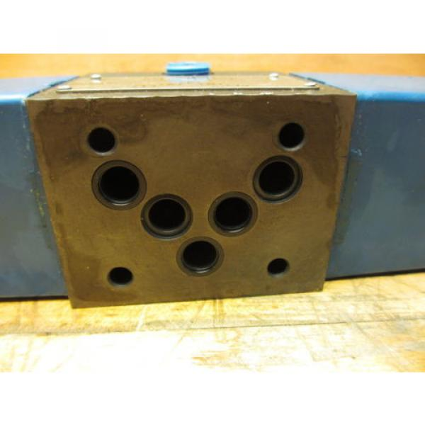 Vickers Netheriands PA5DG4 S4LW 012N H 61, Hydraulic Directional Pilot Valve Coils 24VDC #7 image