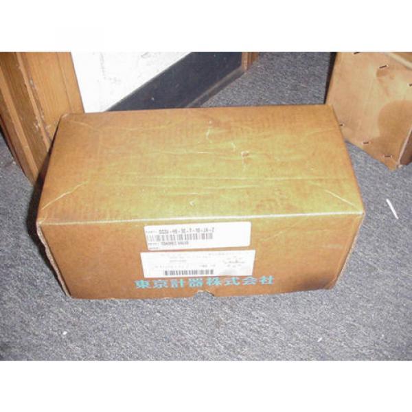 VICKERS SolomonIs TOKIMEC HYDRAULIC VALVE DG3V H8 2B T 10 JA Z Origin IN BOX 48263092 #1 image
