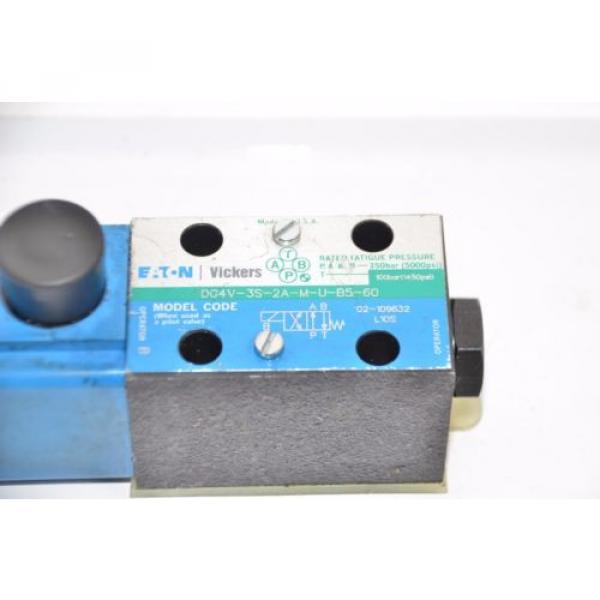 Vickers Brazil  DG4V-3S-2A-M-U-B5-60 Hydraulic Directional Valve 02-109632 02-101726 #2 image