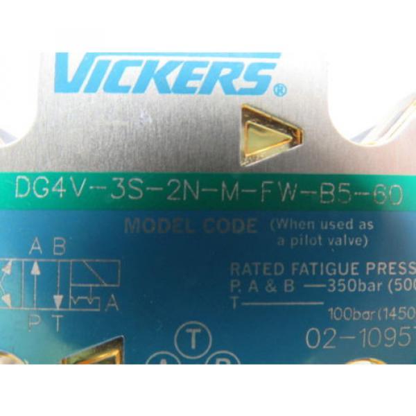 Vickers Liechtenstein 02-109577 DG4V-3S-2N-M-FW-B5-60 Hydraulic Directional Control Valve #9 image