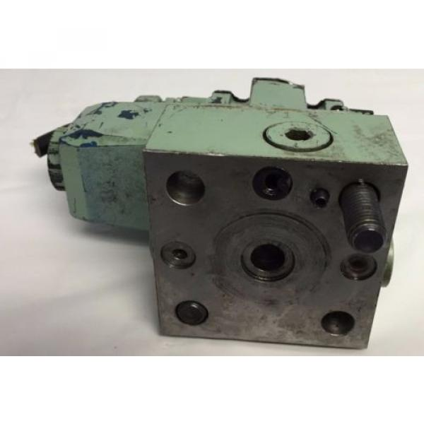 VICKERS Guyana HYDRAULIC DIRECTIONAL CONTROL VALVE DG4V-3-2A-M-P2-B-7-50 H439 #4 image