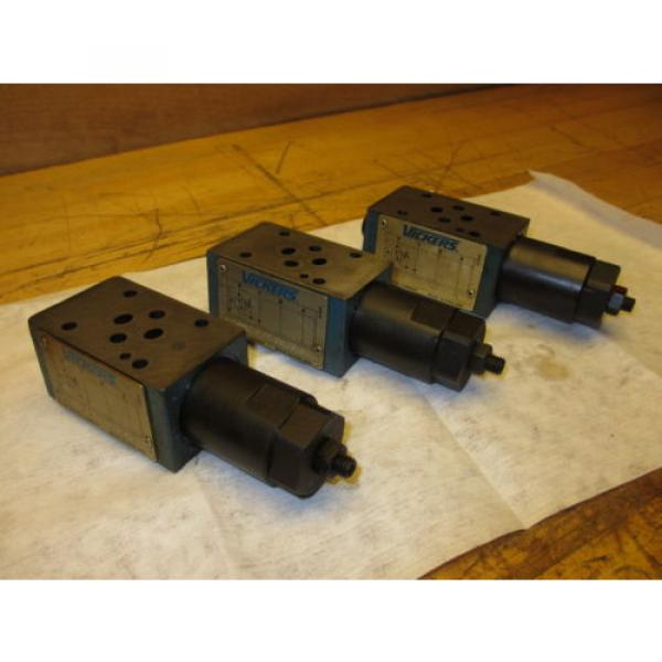 Vickers France DGMX2-3-PP-CW-20-B Hydraulic Valve LOT OF 3 SystemStak Pressure Reducing #1 image