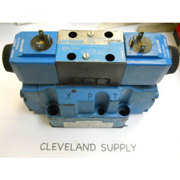 VICKERS United States of America  DG5V 7 8C E V M U B6 30 HYDRAULIC SOLENOID VALVE ASSEMBLY Origin CONDITION #1 image