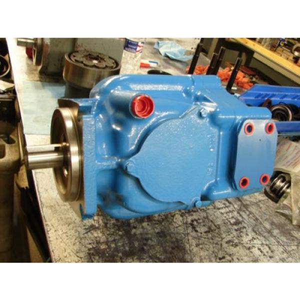 VICKERS Bahamas  PVH074 VARIABLE DISPLACMENT PUMP PVH074R01AA10H002000AB010A #3 image