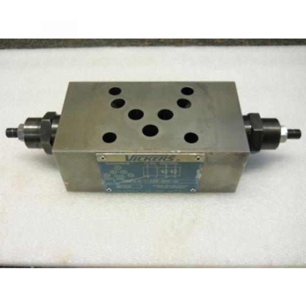 VICKERS Luxembourg 867332 SYSTEMSTAK FLOW CONTROL VALVE DGMFN-5-Y-A2W-B2W-30 USED CONDITION #1 image