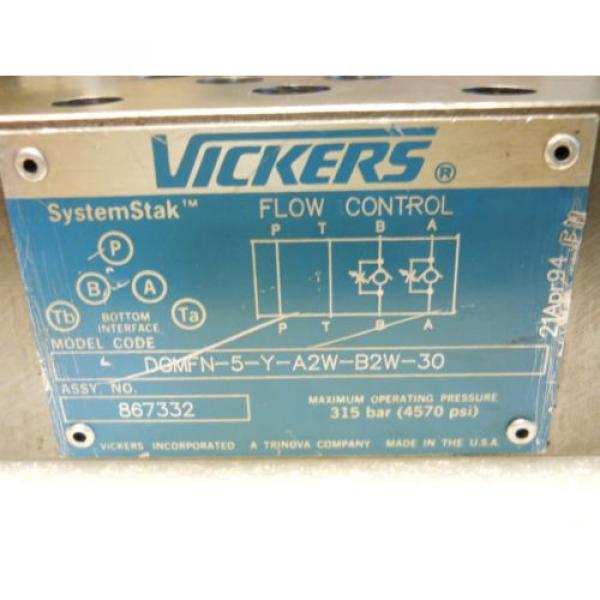 VICKERS Luxembourg 867332 SYSTEMSTAK FLOW CONTROL VALVE DGMFN-5-Y-A2W-B2W-30 USED CONDITION #2 image