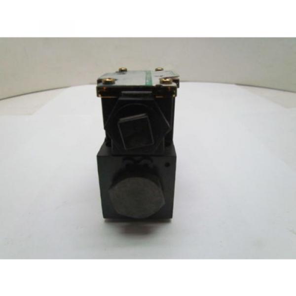 Eaton Cuba Vickers DG4V-3S-2A-M-FPA5WL-B5-60 Control Valve 120V coil #3 image