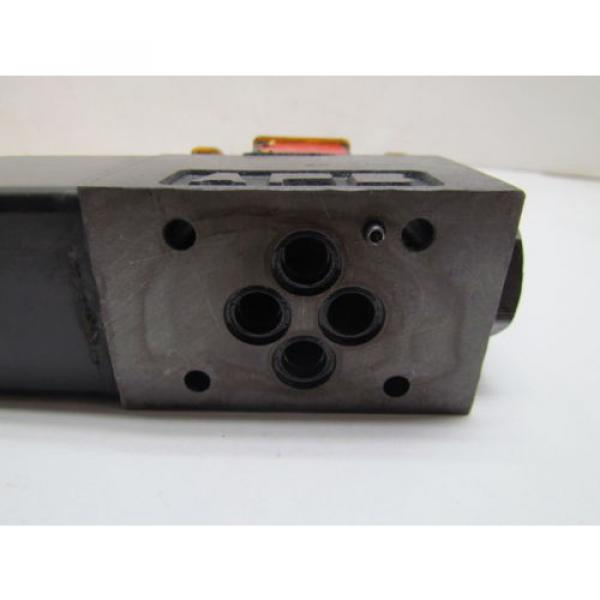 Eaton Cuba Vickers DG4V-3S-2A-M-FPA5WL-B5-60 Control Valve 120V coil #7 image