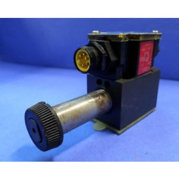 VICKERS Barbados DIRECTIONAL CONTROL VALVE DG4V-3S-2A-M-FPA5WL-H5-60 #1 image
