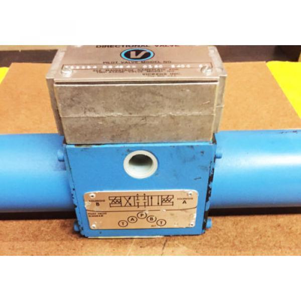 Vickers SolomonIs Hydraulic Directional Valve 586694 DG 4S 4W 012C 24DC 50 #3 image