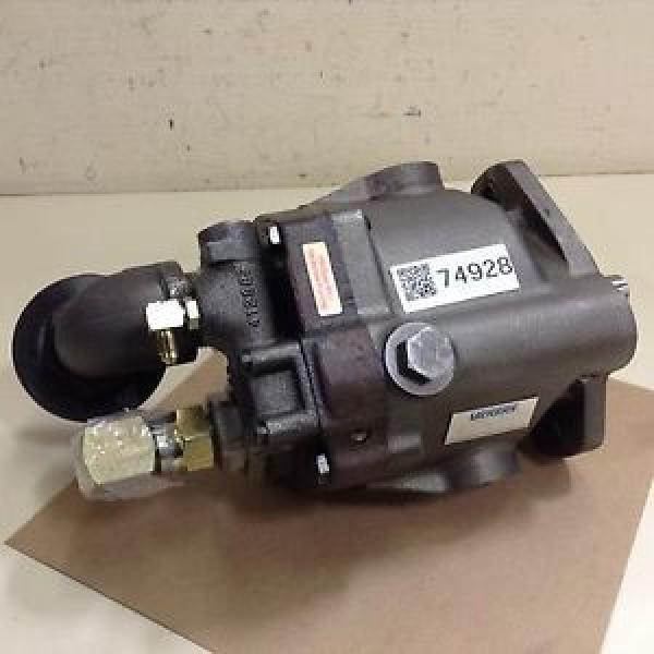 Vickers Liberia Hydraulic Piston Pump PVQ20B2RSE1S10CG20S2 Used #74928 #1 image