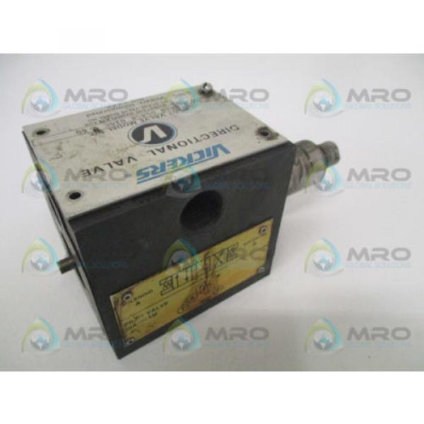 VICKERS Gambia DG4S4018CB60 DIRECTIONAL PILOT VALVE AS PICTURED USED #2 image