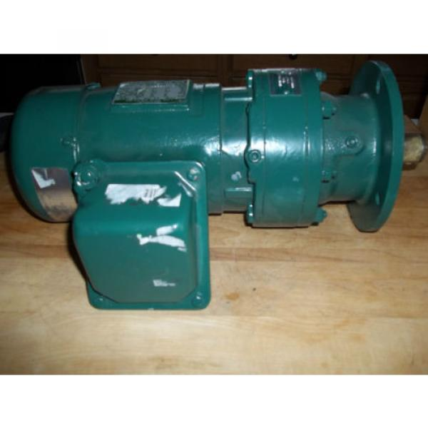SUMITOMO SM-CYCLO 3 PHASE AC INDUCTION GEAR MOTOR with BRAKE WVM93100   RPM = 30 #1 image