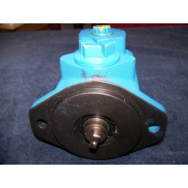 Vickers Barbados V10 Hydraulic Pump Original #1 image