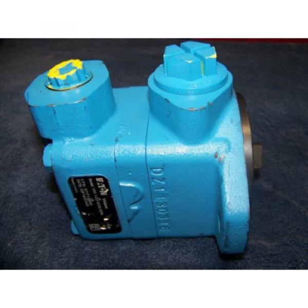 Vickers Barbados V10 Hydraulic Pump Original #2 image