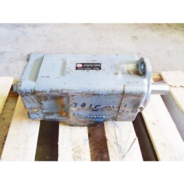 VICKERS Reunion ,PERFECTION F34535V50A38-86-0D22R HYDRAULIC PUMP USED #1 image