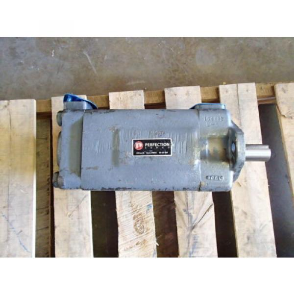 VICKERS Reunion ,PERFECTION F34535V50A38-86-0D22R HYDRAULIC PUMP USED #2 image