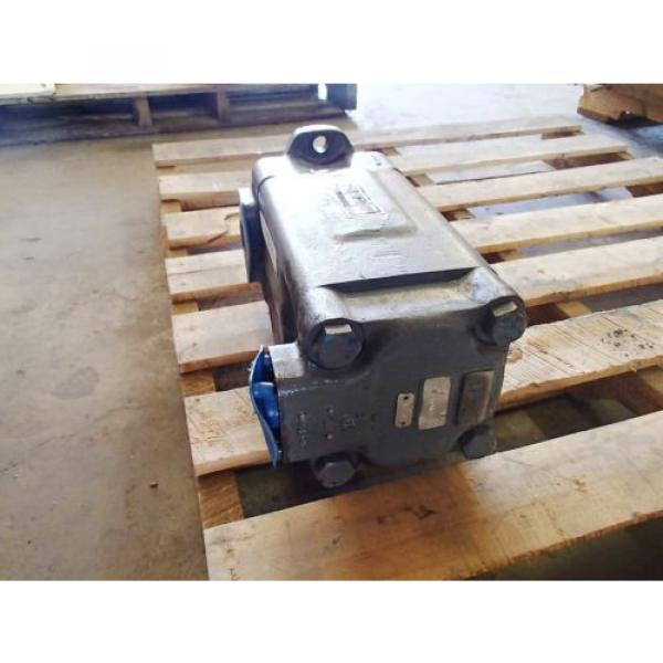VICKERS Reunion ,PERFECTION F34535V50A38-86-0D22R HYDRAULIC PUMP USED #5 image