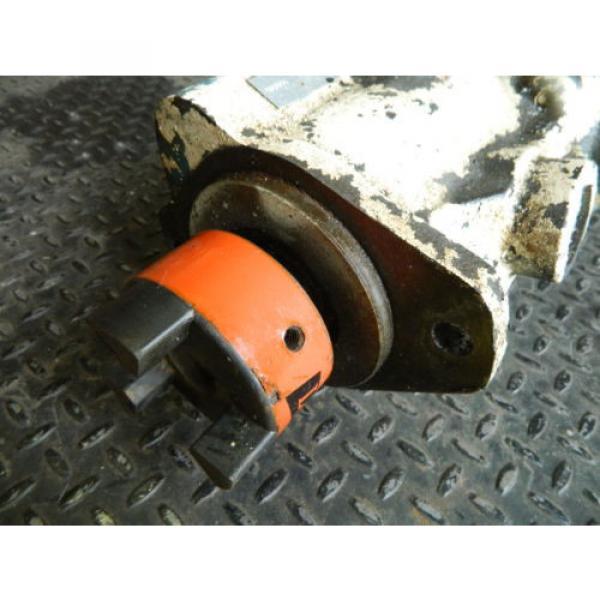 Vickers Cuba Hydraulic Piston Pump, PVB29 RS 20 CM 11, PVB29 RS FX20 CM 11, Used #2 image